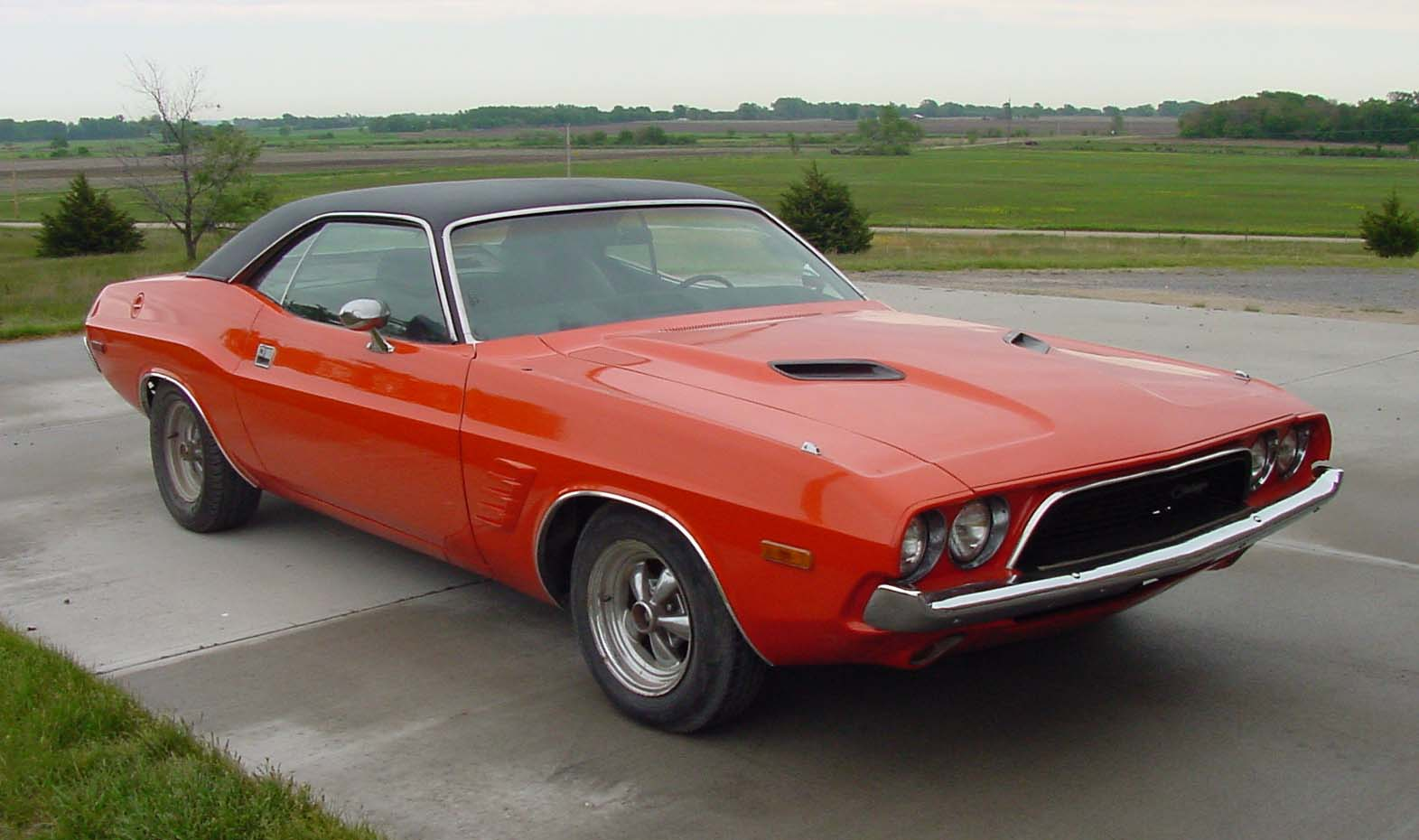 Cars That Start With A J >> Challenger